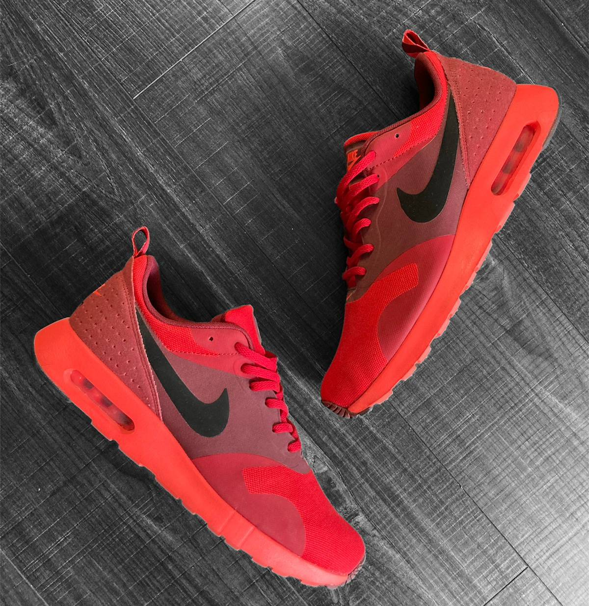 Nike NIKE Air Max Tavas University Red | Black-Gym Red-Team Red