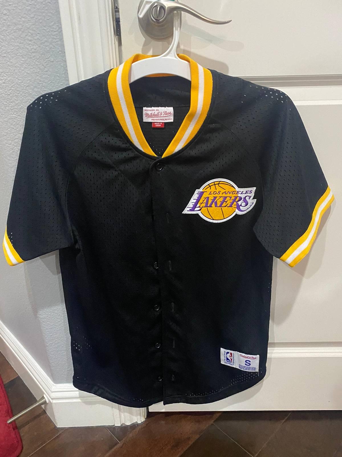 Mitchell & Ness Lakers Baseball Jersey