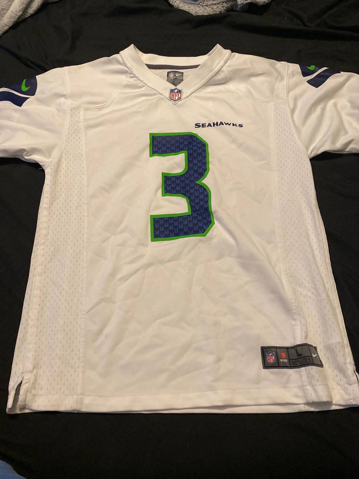 NFL Russell Wilson Jersey Youth Large