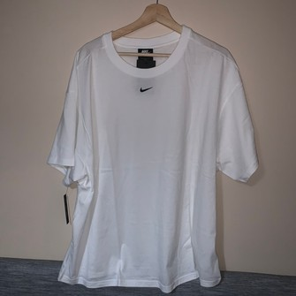 nike tee waiting for the drop