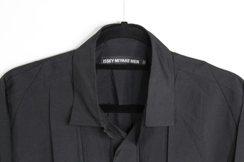Authentic NEW Issey Miyake Black Long Sleeve Pleated Button Down Shirt Size 5