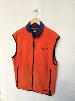 Viva adyacente Periodo perioperatorio  Nike Acg Vest Fleece Nike Acg Size M | Grailed