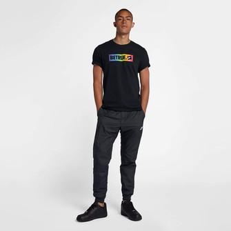 t-shirt nike sportswear betrue
