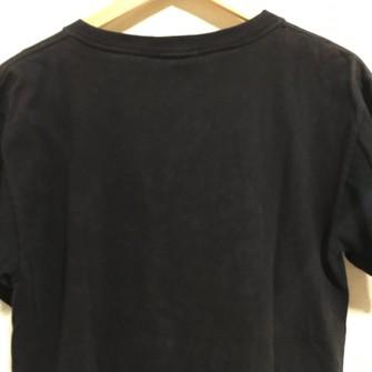 2 nike t shirts
