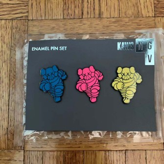Chum Pin NGV Red Navy Olive Set of 3 KAWS SEALED UK IN STOCK