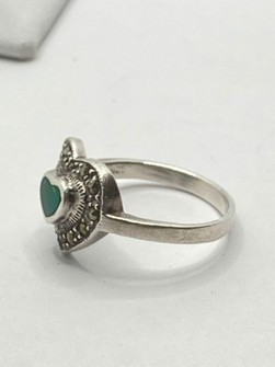 Other Sterling Silver Green Heart Ring Size 6 5 Grailed