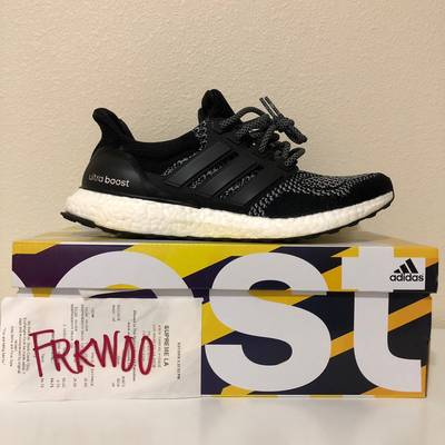 UltraBoost 1.0 Limited Reflective