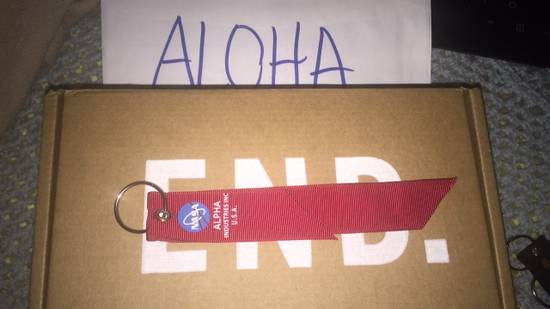 NEW NASA Alpha Industries Remove before Flight M1A1 Bomber Jacket Tag Keychain