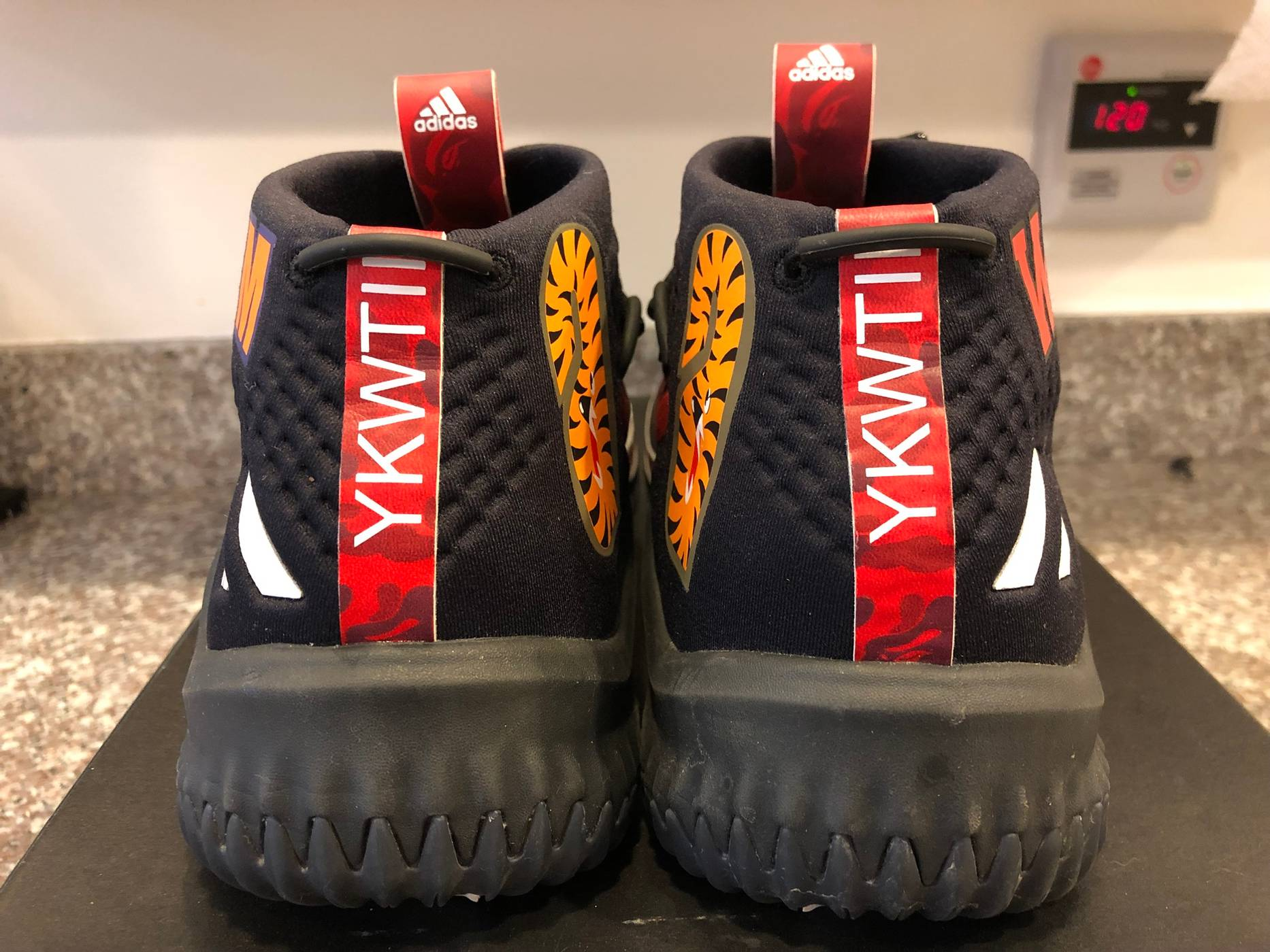 cheaper 8260b 89d45 Adidas Bape Adidas Dame 4 Red Size 10 - Low-Top Sneakers for ...