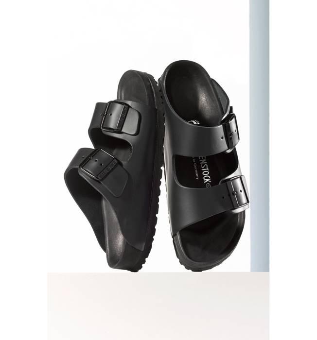 caa89c0829f5 Birkenstock Monterrey Exquisite Leather Black Two Strap Sandal Size US 8    EU 41 - 2