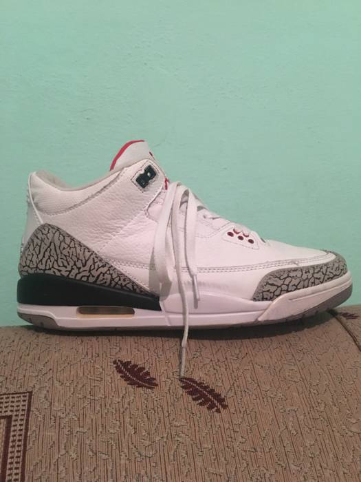 6b12de681e8e29 Nike Nike Air Jordan 3 White Cement Retro 2011 Size 10 - Hi-Top ...