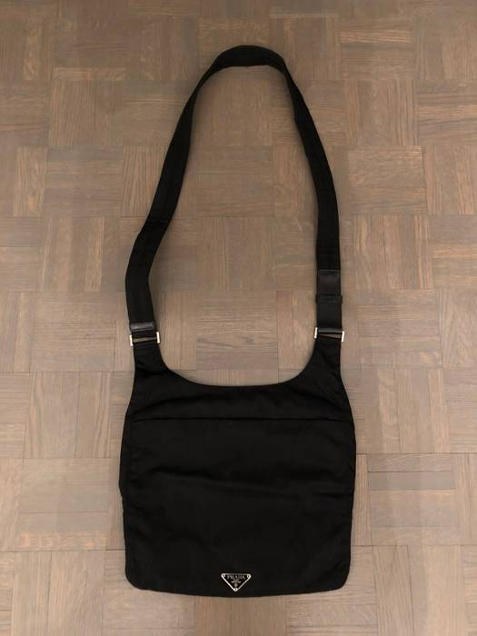 e4d62d60bec4 Prada Crossbody Sling Bag Size one size - Bags   Luggage for Sale ...