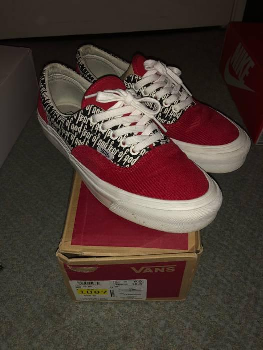 5326712942c Vans Fog Corduroy Size 9 - Low-Top Sneakers for Sale - Grailed