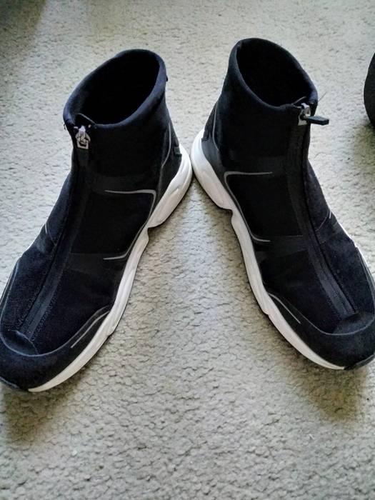 ee654ebb1a33 Zara Front Zip Sneakers Size 9 - Hi-Top Sneakers for Sale - Grailed