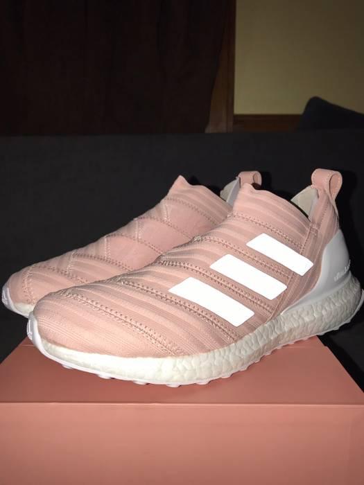 low priced 250ca 65669 Adidas FINAL PRICE DROP KITH X ADIDAS SOCCER NEMEZIZ 17 ULTRABOOST 17  FLAMINGO Size