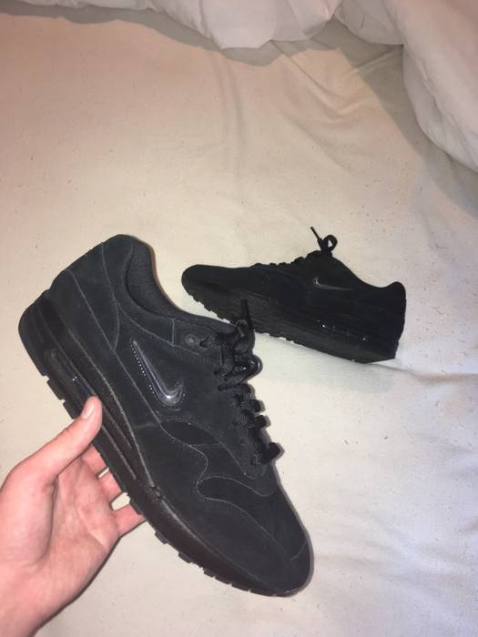 2756099e1ce Nike Nike Air Max 1 Jewel Black Suede Size 12 - Low-Top Sneakers for ...
