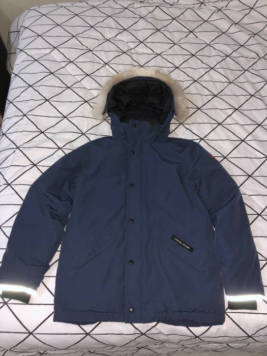 c90ef3d08db5 Canada Goose Logan Parka Size xs - Parkas for Sale - Grailed
