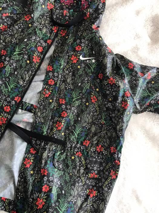 Nike Women s Nike lab RT Ricardo Tisci Floral Jacket Size US XL   EU 56   114a9bea6