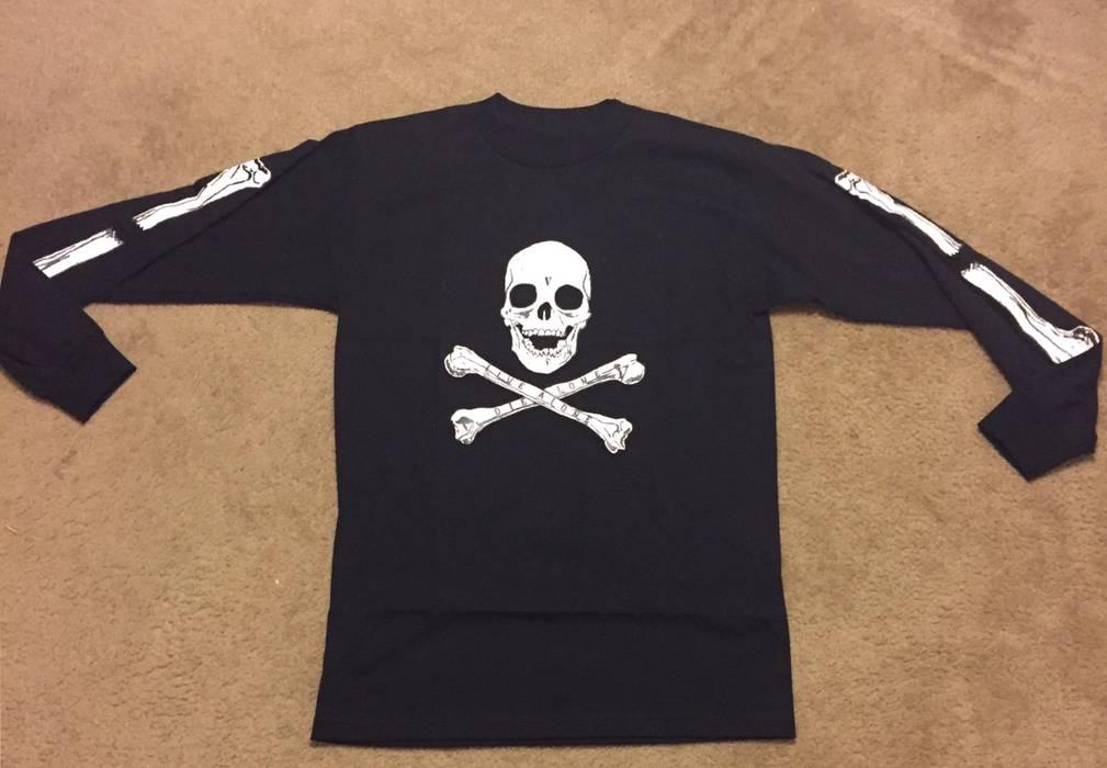 Vlone Vlone Black Friday Exclusive Skulls And Bones Longsleeve T Shirt Size  US M   EU 38ddf417939