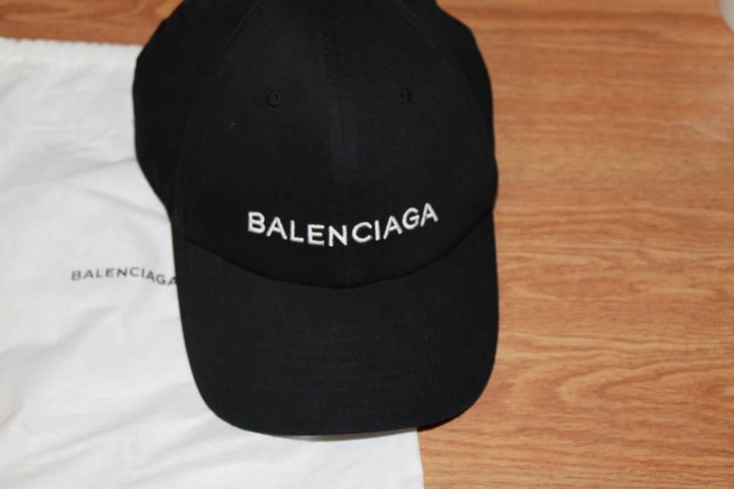 Balenciaga BALENCIAGA logo cap hat Size one size - Hats for Sale ... a9a9d7d2299