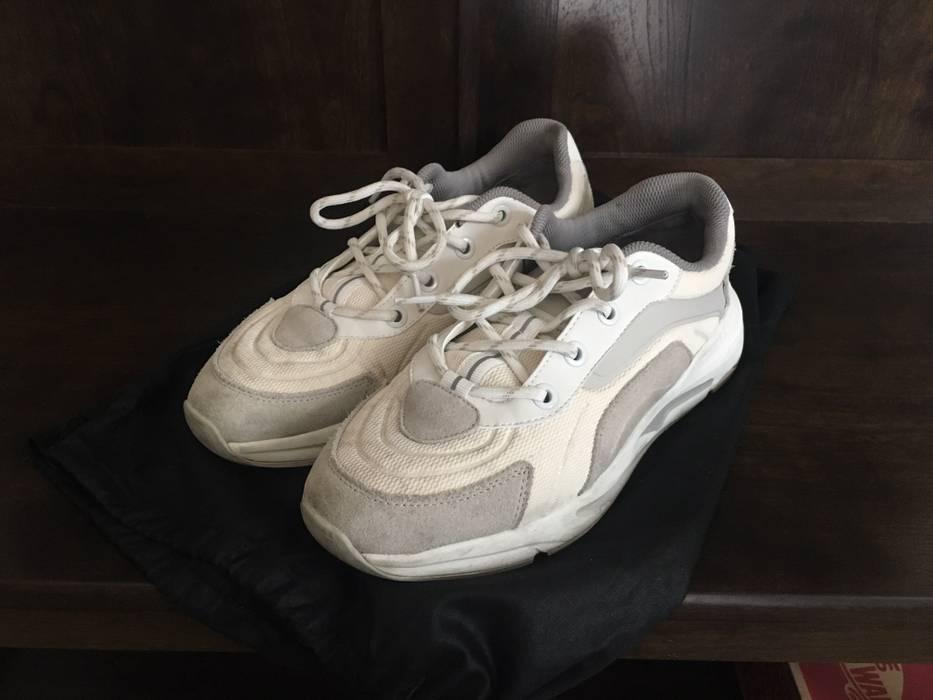 1f961ba64 Zara Zara Chunky White Dad Sneaker Size 9 - Low-Top Sneakers for ...