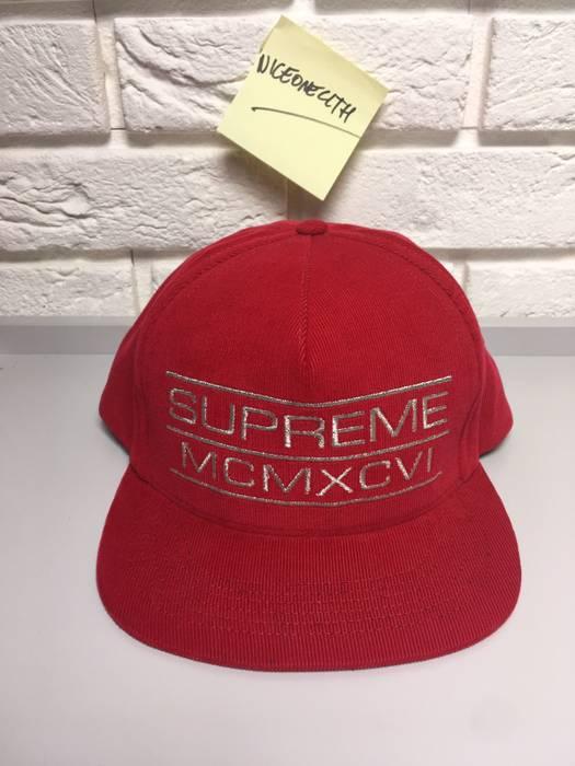 Supreme Supreme x Starter Snapback Size one size - Hats for Sale ... c4e2076ff1e