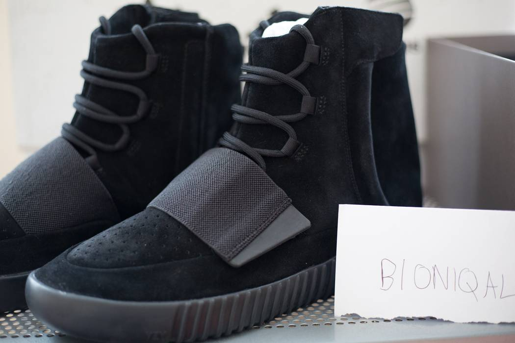 e8ae8cc46 Adidas Kanye West Yeezy Boost 750  Triple Black  Size 12 - for Sale ...