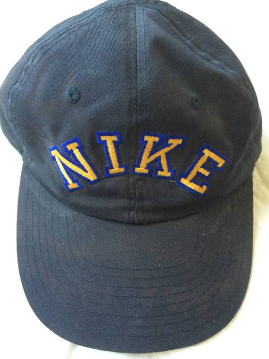 Nike Rare Vintage Nike Snapback Hat Size one size - Hats for Sale ... f80caaeed7f