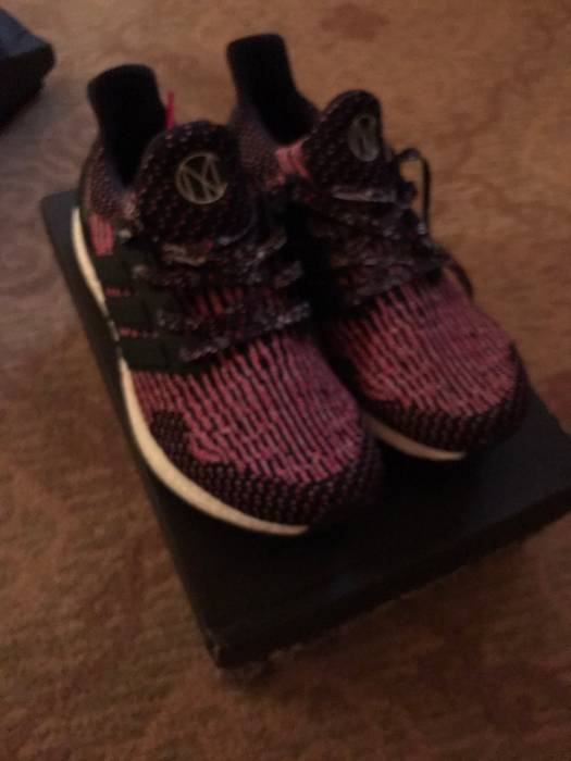 d8b6a621c37 Adidas Adidas Ultra Boost CNY 3.0 Size 8 - Low-Top Sneakers for Sale ...