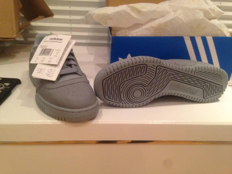 e615cc90b Adidas Kanye West Adidas Yeezy Powerphase Grey  SIZE 5 US  Size US 6