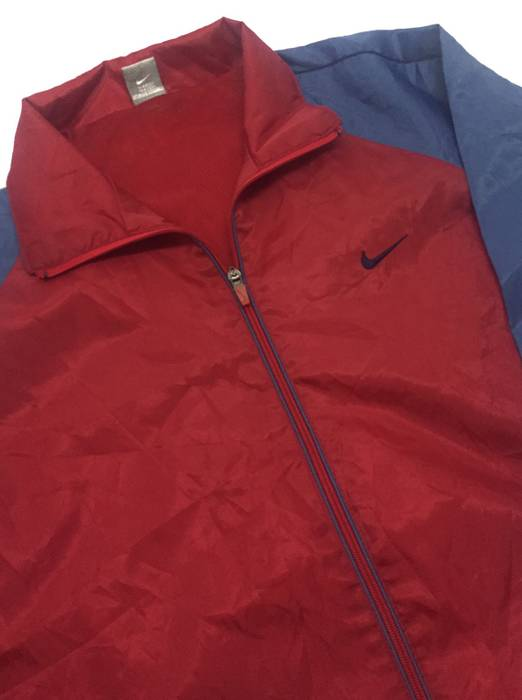 15c58547b9 Nike Nike Colourblock Windbreaker ZipUp Light Nylon Jacket Size US L   EU 52 -54