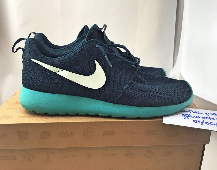 Nike Nike Roshe Run  Squadron Blue  Size 9.5 - for Sale - Grailed 6b694519ea