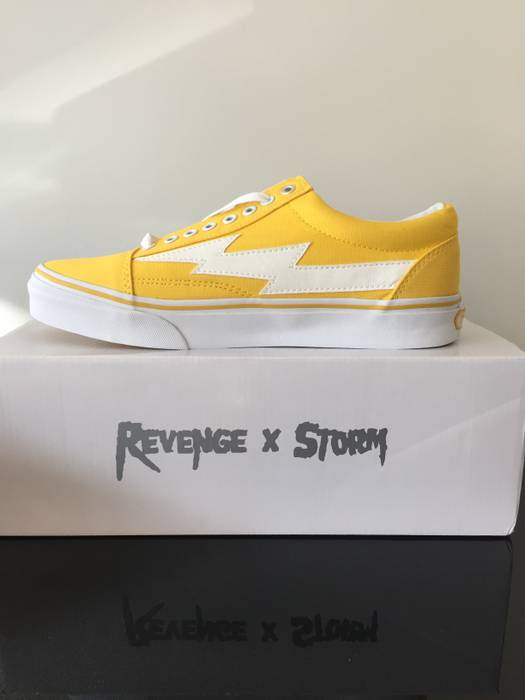 f5ed3ada18e15d Ian Connor Yellow Revenge Storms Vol. 1 Size 10 - Low-Top Sneakers ...