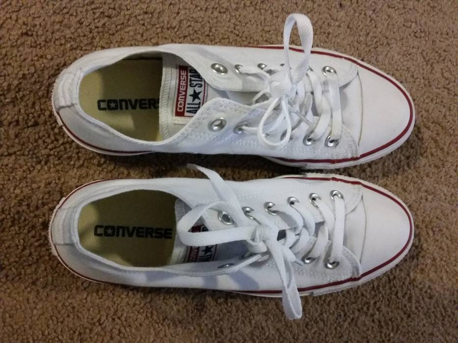 Converse White Converse Size 7 - Hi-Top Sneakers for Sale - Grailed b4327b5ea