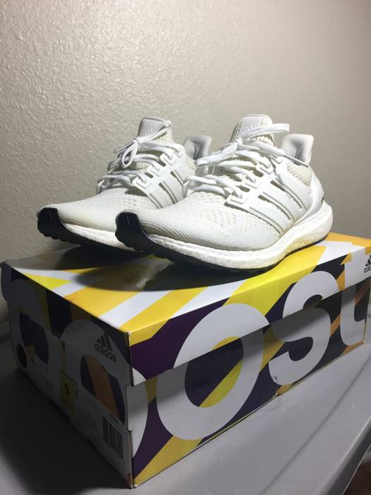 a0403baf7fc0d Adidas Adidas Ultra Boost 1.0 Triple White Size 9 - Low-Top Sneakers ...