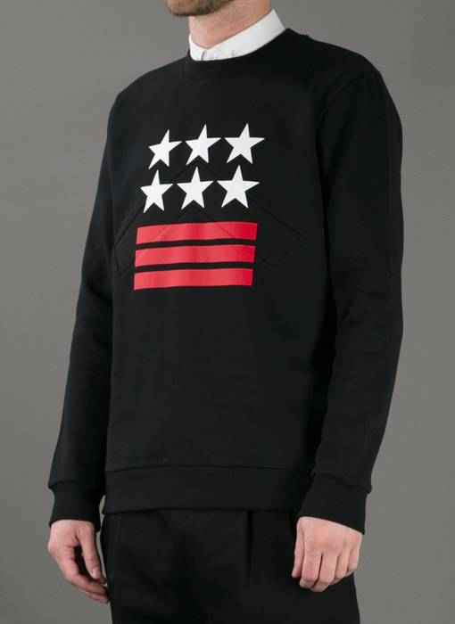 8df6529a45 Givenchy Givenchy Stars and Stripes Sweatshirt size S Retail  800+ ...