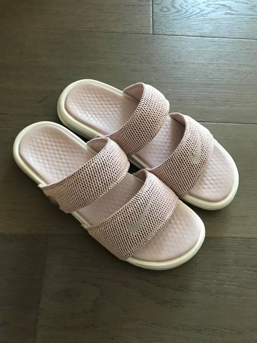 f76df36d0240 Nike Nike Benassi Duo Ultra SLD Pigalle Nike Lab Carnation Barely Rose Sail  Size US