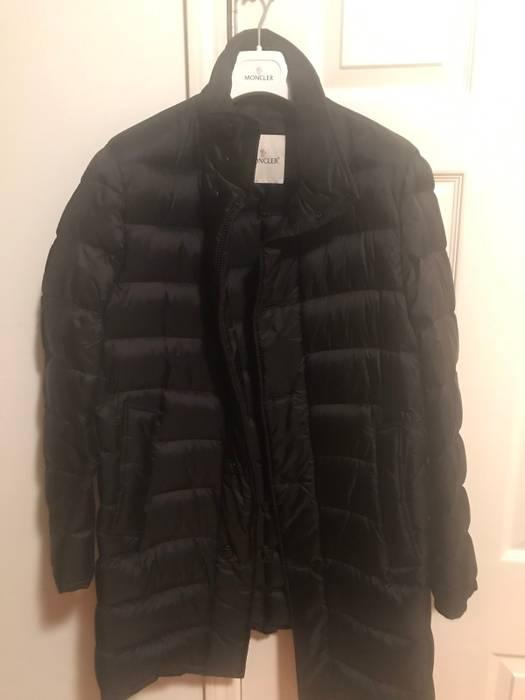 Moncler Doudoune Legere Down Coat Size m - Heavy Coats for Sale ... 621f5d0ba84