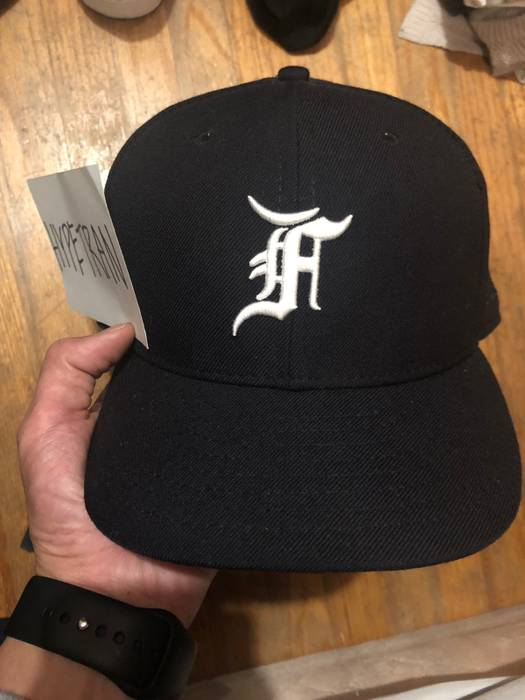 New Era Fear Of God Baseball Cap SIZE 7-3 8 Size one size - Hats for ... 39618122405