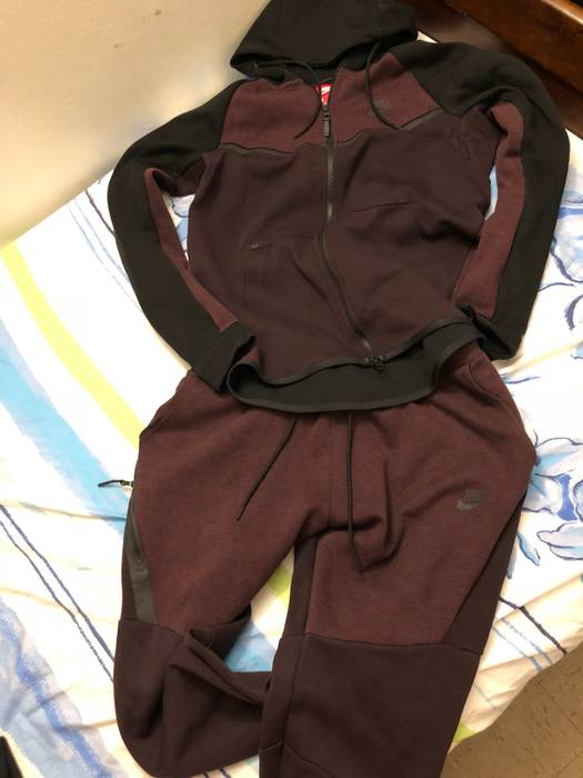 Nike Nike Tech Sweatsuit Burgundy Size m - Sweatshirts   Hoodies for ... dd3efb20c0b5