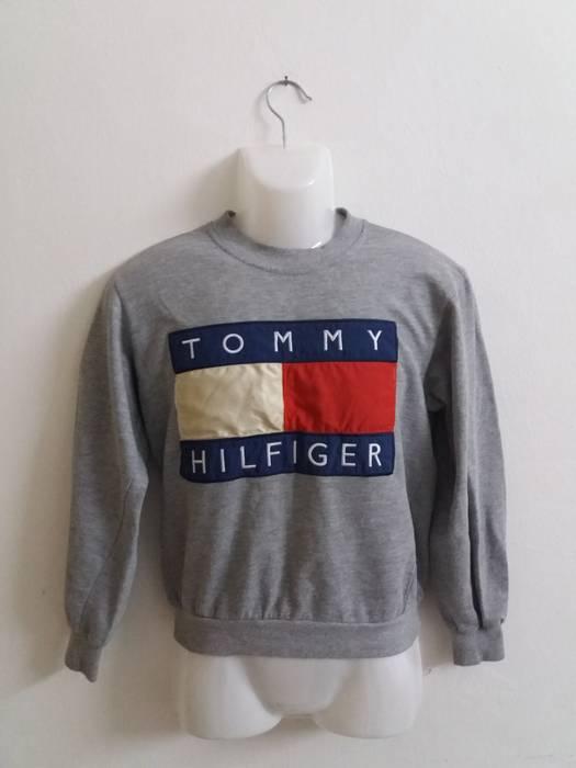 974eff322ce08 Tommy Hilfiger Tommy hilfiger Big Logo embroidered sweatshirt Size US S    EU 44-46
