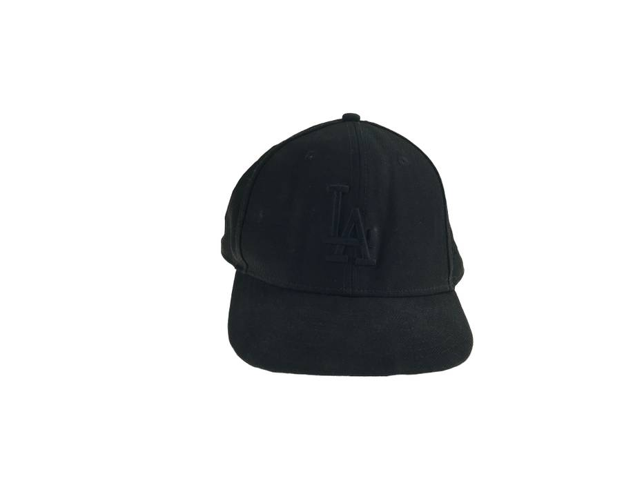 New Era NY logo black cap Size one size - Hats for Sale - Grailed 312ebee9338