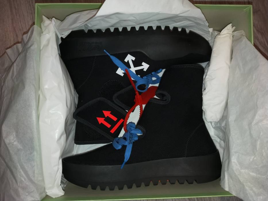 7d95e71b3eba1a Off-White Moto Wrap Sneakers Size 7.5 - Hi-Top Sneakers for Sale ...