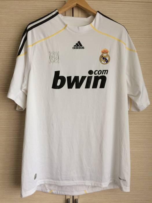 Adidas REAL MADRID  7 CRISTIANO RONALDO SHIRT JERSEY ADIDAS ORIGINAL XL  Size US XL   0e1e5f9ee