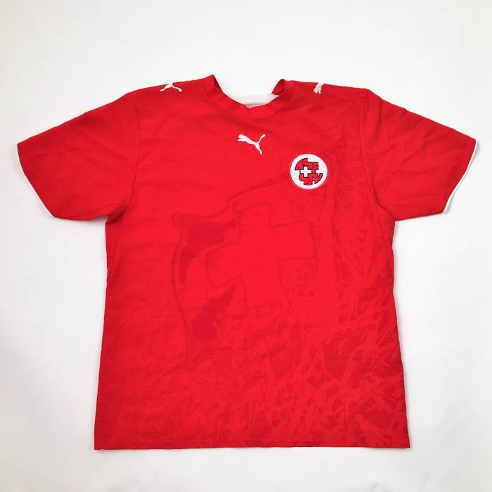 Puma PUMA Switzerland Soccer Jersey Mens Size L large Red ASF SPV Patch  Short Sleeve Size 247bb748f