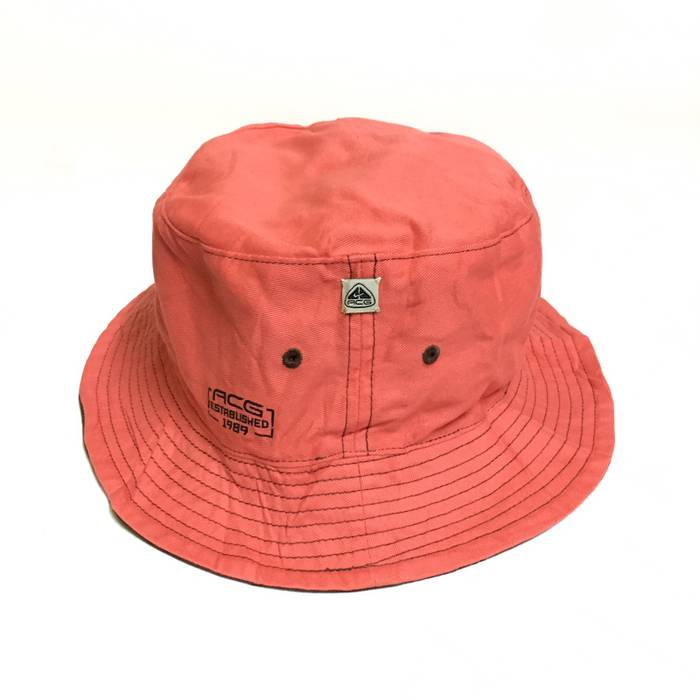 c1346490fd7 Nike Reversible Bucket Hat Size one size - Hats for Sale - Grailed