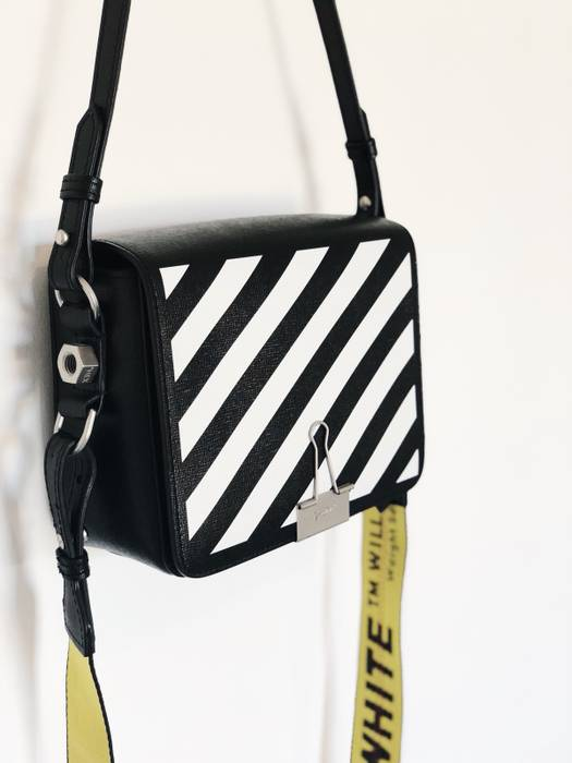 Off-White Off-White Bag Size one size - Bags   Luggage for Sale ... 3806ae5c26b0e