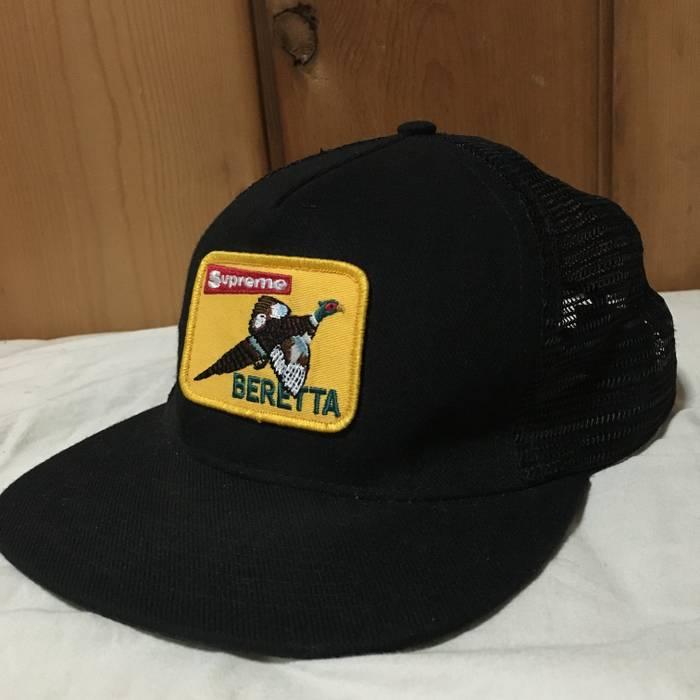 Supreme beretta mesh trucker hat Size one size - Hats for Sale - Grailed 95cab6e1780