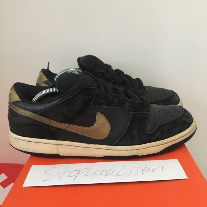 Nike NIKE DUNK LOW SB TAKASHI 1 size 10 beater Size 10 - Low-Top ... 0d25d91849a5