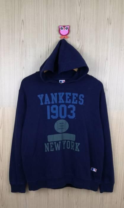 Mlb Vintage   Rare MLB Yankees hoodie sweatshirt Size US S   EU 44-46 20ddd6fca37
